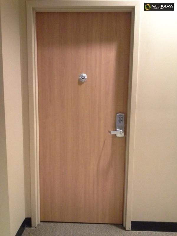 Porta blindada acústica